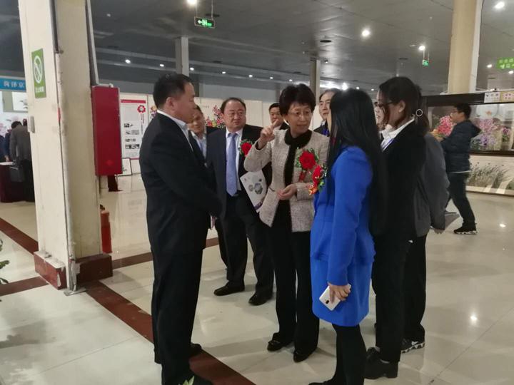 麟源牡丹筹备并参展2018中国菏泽牡丹产业博览会